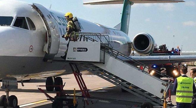"""Персонал """"Ман Сіті"""" евакуювали з літака через задимлення"""