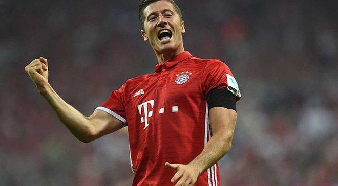 """Лєвандовскі став лише 2-м гравцем в історії """"Баварії"""", який забив 3 голи у матчі-відкритті сезону"""