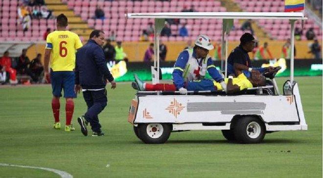 Як Еннер Валенсія симулював травму та втікав зі стадіону, щоб уникнути арешту поліції