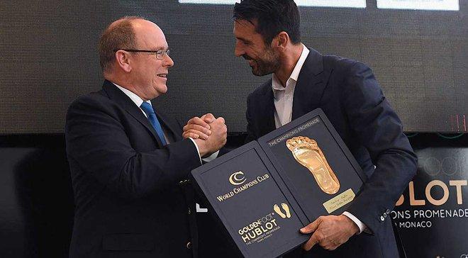 Буффон обійшов Мессі та Роналду і став володарем премії Golden Foot-2016