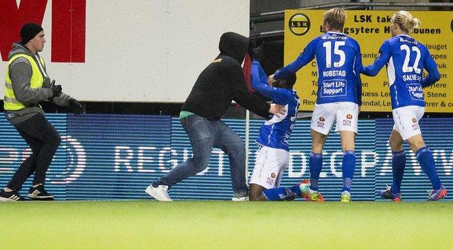 Як у чемпіонаті Норвегії футболіст забив дебютний гол і отримав по лицю та жовту картку