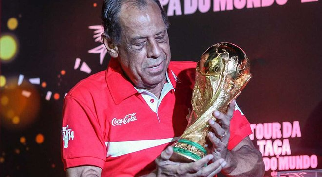 Умер легендарный капитан сборной Бразилии Карлос Альберто
