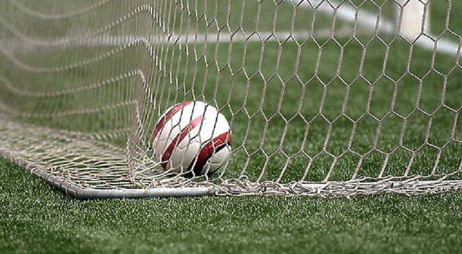 Как футболист не забил пенальти после 3-х попыток добивания – появилось невероятное видео