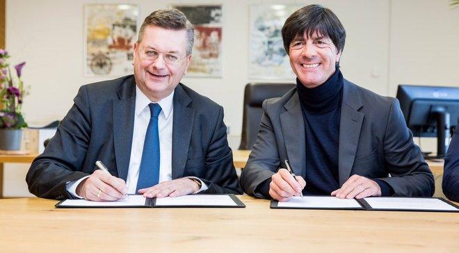 Официально: Лёв будет тренировать сборную Германии до 2020 года