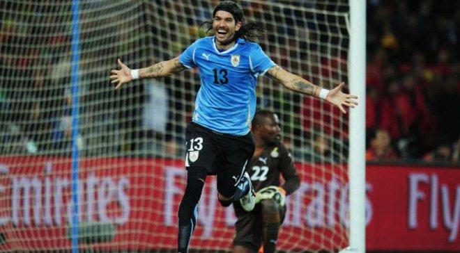 Екс-зірка збірної Уругваю встановив світовий рекорд за кількістю трансферів