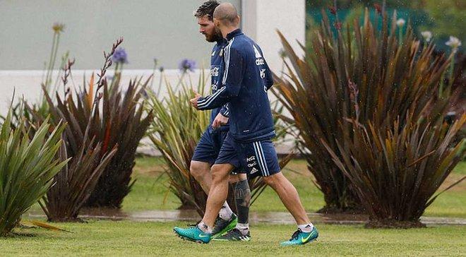 Мессі та ще кілька гравців збірної Аргентини виблювали після екстремального польоту