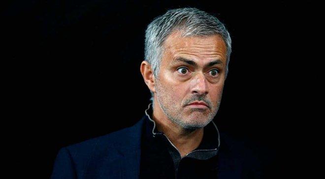 Моурінью розлючений на Футбольну асоціацію Англії через пияцтво Руні