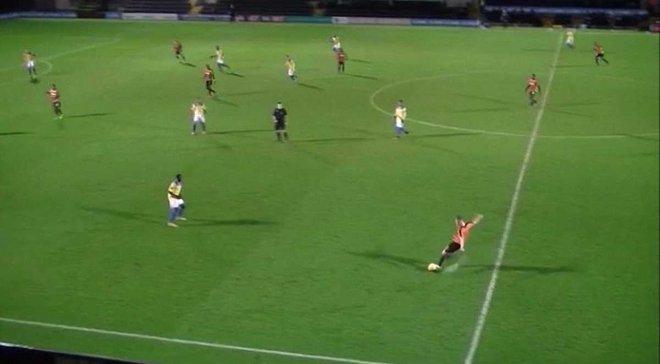 Як Шовковському у Словенії – 17-річний англієць забив диво-гол з центра поля у дев'ятку