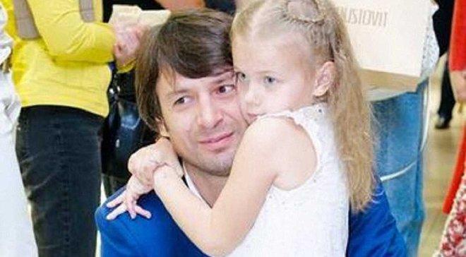 Суд залишив доньку Шовковського проживати з матір'ю