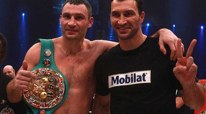 Ярмоленко і Ребров разом зі світовими зірками увійшли у топ-5 членів фан-клубу Кличків