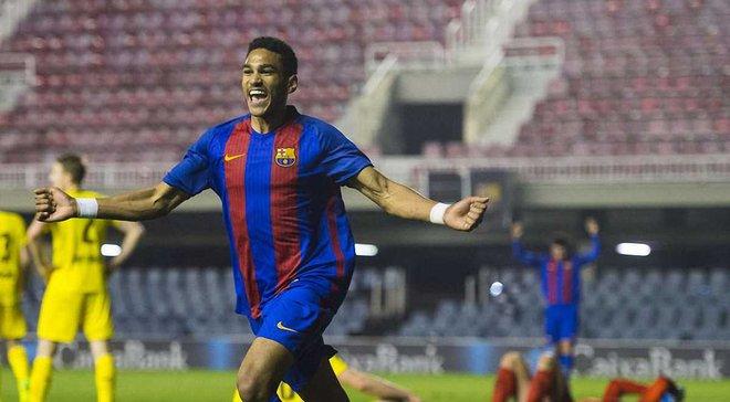 """Нападник """"Барселони"""" U-19 Мбула забив божевільний гол """"Борусії"""" Д, увімкнувши режим Роналдінью"""