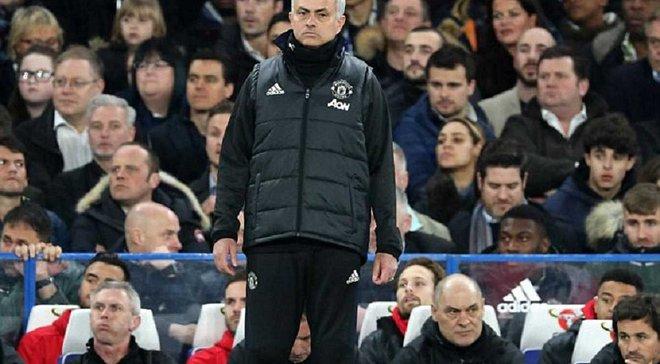 """Фанаты """"Челси"""" оскорбляли Моуринью во время матча с """"Манчестер Юнайтед"""", но получили красивый ответ от Жозе"""