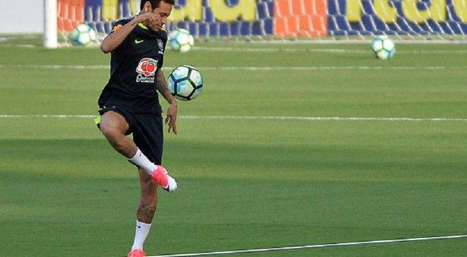 Неймар с невероятной легкостью забил чудо-гол на тренировке сборной Бразилии
