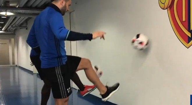 Wall Ball Challenge – новий флешмоб, який підкорює футбольний світ