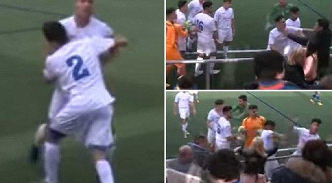 Бійка футболістів з фанатами відбулася в матчі юніорського чемпіонату Іспанії