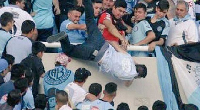 Аргентинський фанат був вбитий на стадіоні від руки ката свого брата