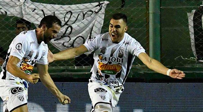 Захисник Пасіфіко зізнався, що колов голкою нападника Естудіантеса під час матчу