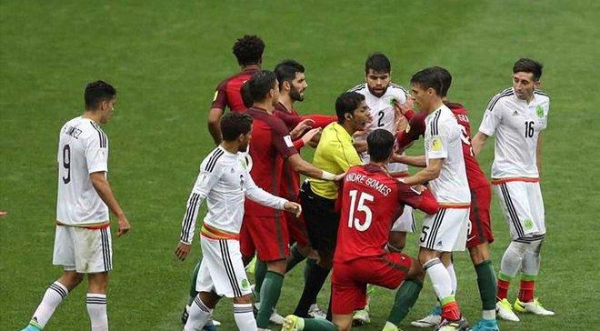 Кубок Конфедерацій-2017: вперше в історії турнірів ФІФА відразу 2 гравці отримали червоні картки в овертаймі