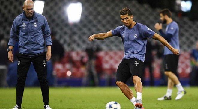 Зидан: Роналду собирается остаться в Реале, точка