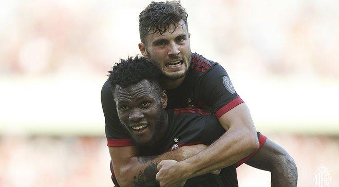 Кессье и Кутроне забили дебютные голы за Милан, который в 45 минут разорвал Баварию