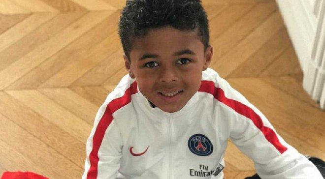 Син Клюйверта встановив рекорд, підписавши контракт з Nike у 9 років