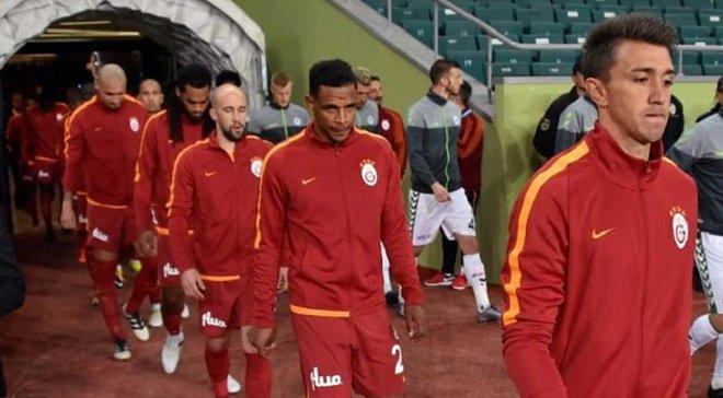 Галатасарай в матче против Коньяспора выпустил в стартовом составе 11 легионеров