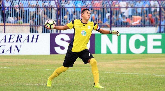 Легендарный индонезийский вратарь Худа умер из-за травмы, полученной в матче