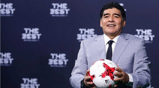 Марадона: Мне было больно не дать Месси награду лучшего игрока года