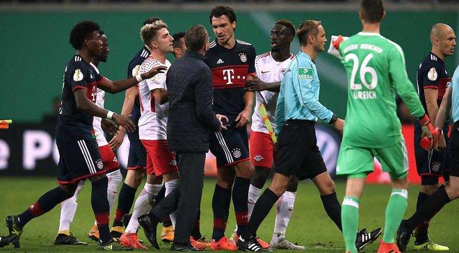 Кубок Німеччини: Баварія, граючи в більшості з 53 хвилини, у серії пенальті здолала РБ Лейпциг, Вердер мінімально переміг Хоффенхайм