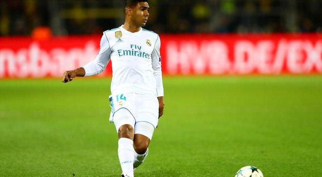 Каземиро хочет продлить контракт с Реалом несмотря на заинтересованность ПСЖ и Манчестер Юнайтед