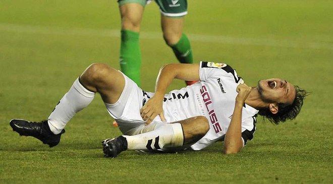 Игроку Альбасете наложили 10 швов на пенис после столкновения с Зозулей
