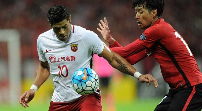 Халк забил крутой гол за Шанхай СИПГ мощным ударом со штрафного
