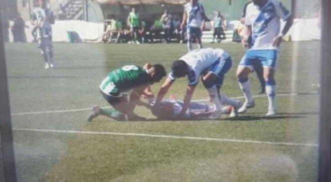В Аргентине футболист потерял сознание во время матча