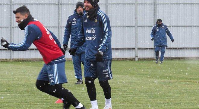 Мессі зі збірною Аргентини провів тренування під снігом у Москві