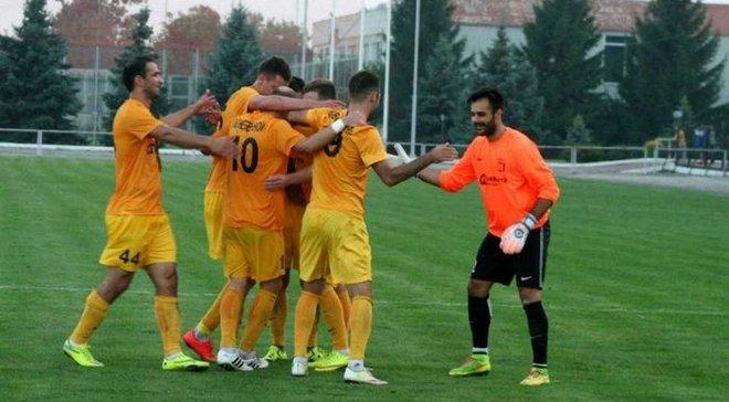 У Першій лізі екс-воротар Карпат Данкович вийшов на заміну замість польового гравця