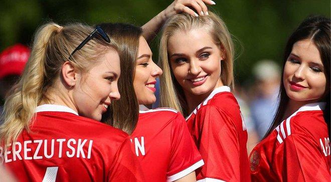 Легенда російського тенісу безжально потролив збірну Росії з футболу
