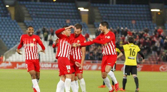 Хавбек Альмерии Алькарас забил фантастический гол с центра поля в ворота Сарагосы на 90+3 минуте