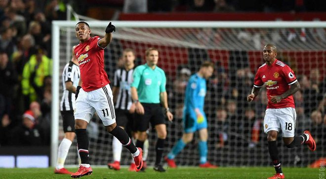 Манчестер Юнайтед дома разгромил Ньюкасл