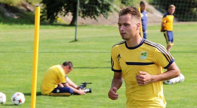 Защитник Зирки Малиновский, который дисквалифицирован за договорные матчи, сыграл в УПЛ против Динамо