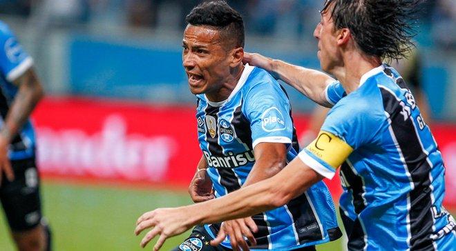 Греміо переміг Ланус у першому фіналі Кубка Лібертадорес