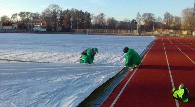 Директор стадіону Десни: Арбітри оцінили поле на п'ятірку