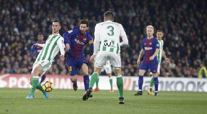 Барселона разгромила Бетис, Месси и Суарес оформили дубли