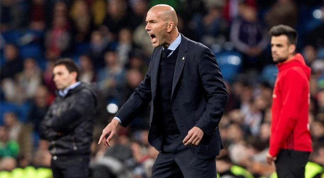 Зідан вважає, що гравці Реала його зрадили, а Перес розглядає два варіанти звільнення француза, – ЗМІ