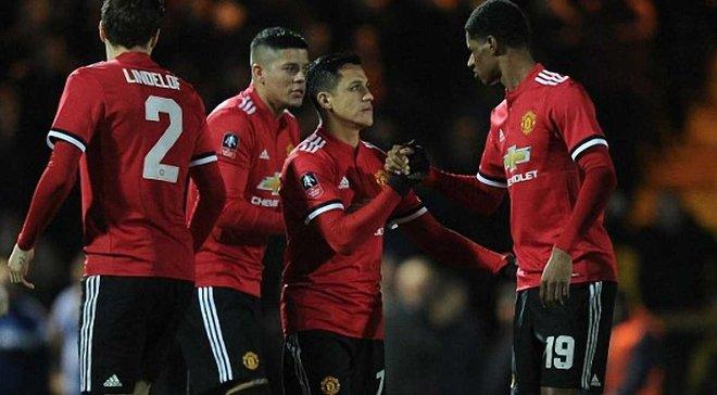 Топ-новини: Санчес ефективно дебютував за Манчестер Юнайтед, Динамо здобуло першу перемогу на зборах в Іспанії