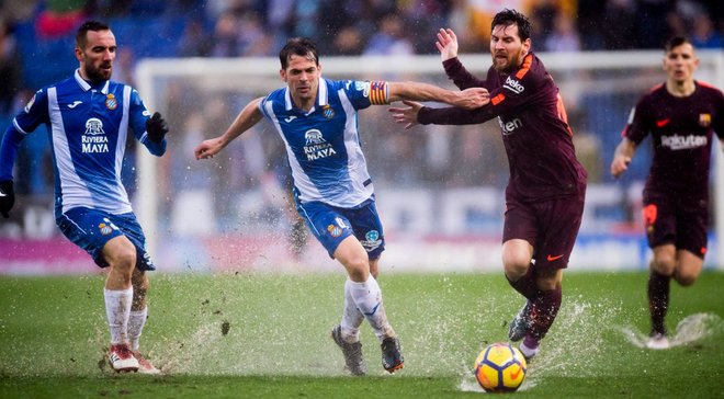 Барселона футбол испаньола