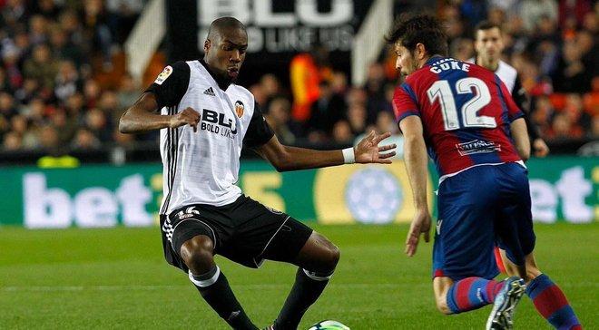 Скандал в матче Валенсия – Леванте: арбитр допустил фейл года, отменив гол Коке, и назначил странный пенальти