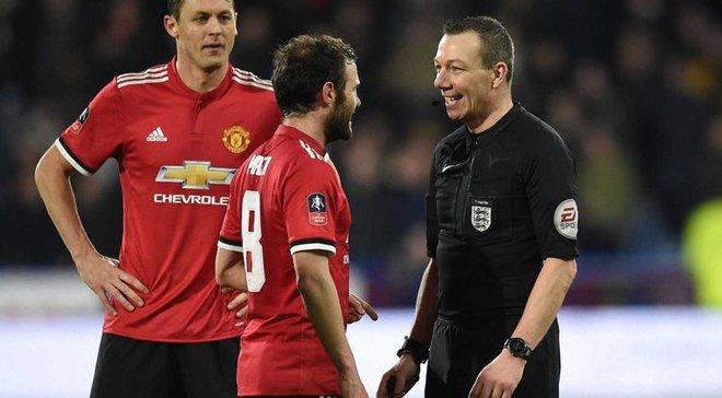 VAR по-английски: в матче Хаддерсфилд – Манчестер Юнайтед криво нарисовали линию офсайда