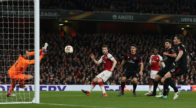 Арсенал во второй раз обыграл Милан и вышел в четвертьфинал Лиги Европи