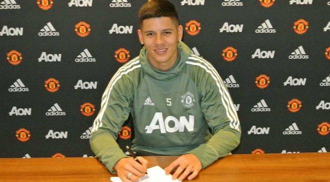Рохо продлил контракт с Манчестер Юнайтед
