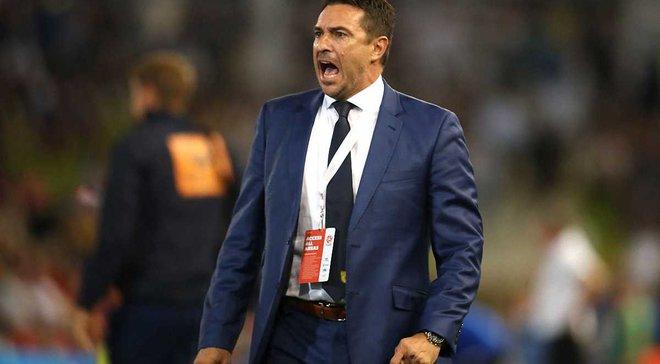 Окон звільнений з поста головного тренера Сентрал Кост Марінерс після 10 перемог за півтора роки
